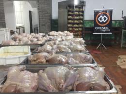 Festival comercializa mais de 1,2 mil galinhas recheadas