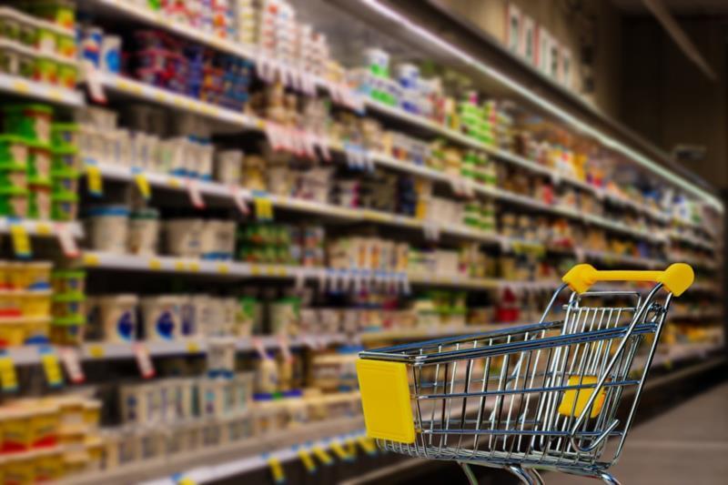 O comércio estará fechado e os supermercados funcionarão em horário de domingo