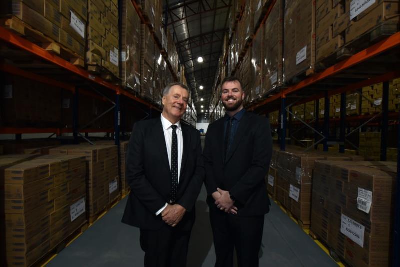 Comandada por pai e filho, empresa hoje é uma das maiores da região