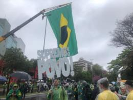 FOTOS: Mobilização pró Bolsonaro movimenta a tarde em Santa Cruz