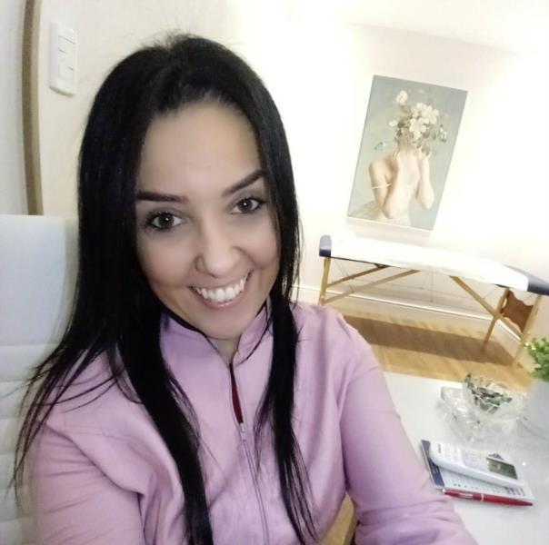Técnica é realizada em Santa Cruz do Sul pela terapeuta holística Fabi Gomes