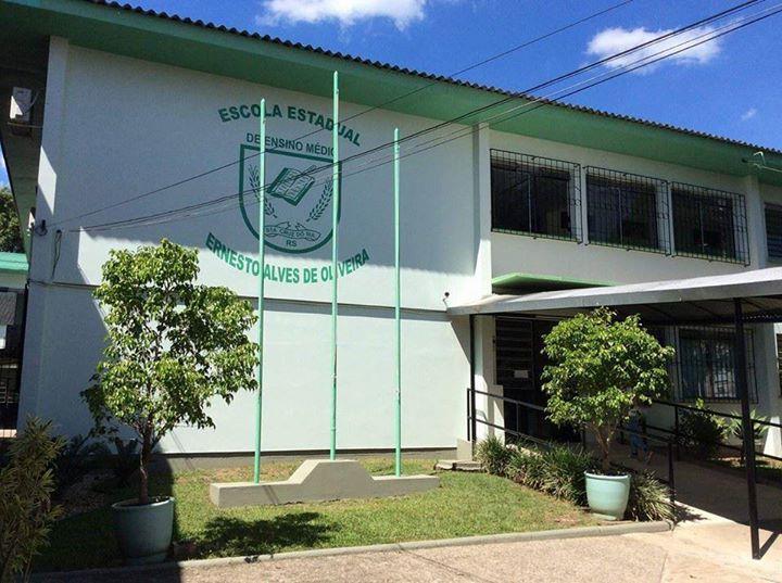Escola Ernesto Alves