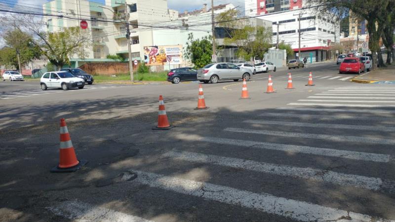 Fiscalização também bloqueou esquina com a Rua Tenente Coronel Brito