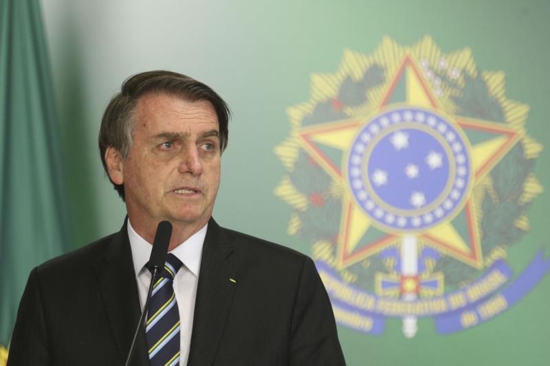 Bolsonaro divulga 'Declaração à Nação' e diz que não teve 'intenção de agredir' poderes