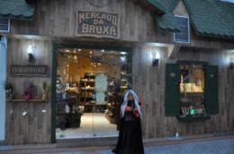 Mercado da Bruxa, onde a experiência é mais importante que a venda