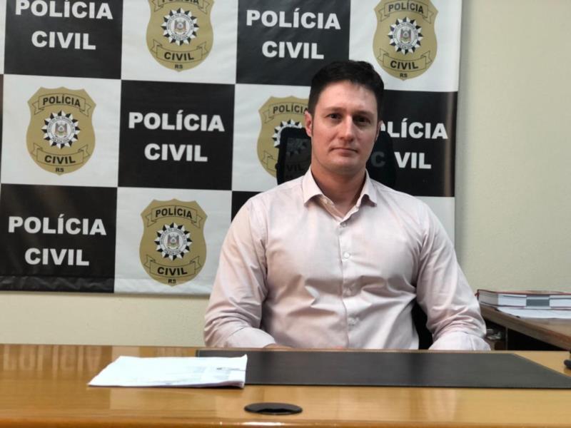 """Delegado Felipe Cano: """"Posso garantir que esta operação envolve uma rede de distribuição de drogas bastante grande na cidade e região"""""""