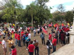 FOTOS: Manifestantes se reúnem em ato contra Jair Bolsonaro em Santa Cruz