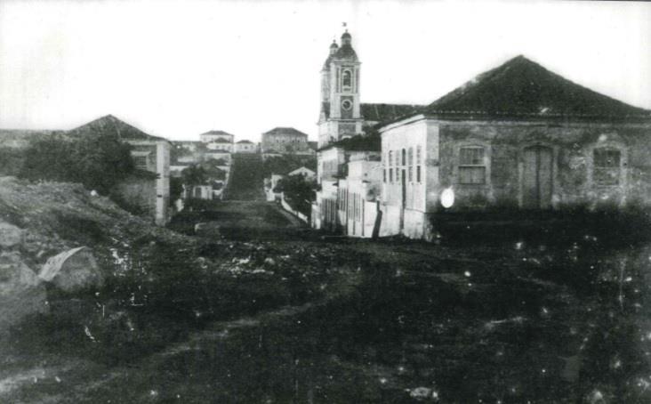 Alto da Fortaleza em direção à Rua da Ladeira e Andrade Neves