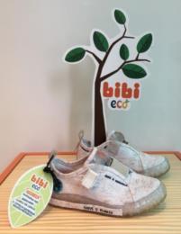 Tênis Eco é produzido com material reciclável, em uma nova proposta de sustentabilidade