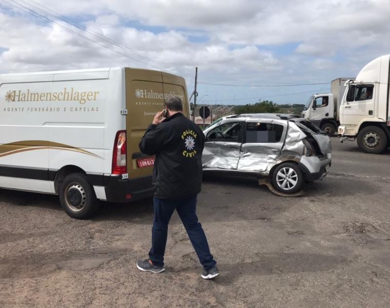 Homem morre após colisão entre carro e caminhão na BR-471 em Santa Cruz