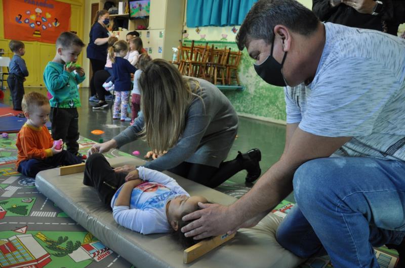 Medição e pesagem dos alunos serão feitas nas EMEIs com as crianças