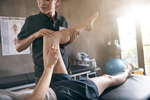 Fisioterapia realiza prevenção e tratamento de lesões no corpo humano decorrentes de traumas e doenças adquiridas ou genéticas
