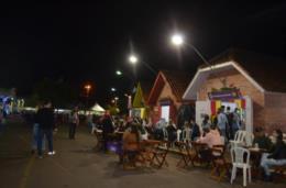 FOTOS: Léo Pain agita o primeiro sábado da 36ª Oktoberfest