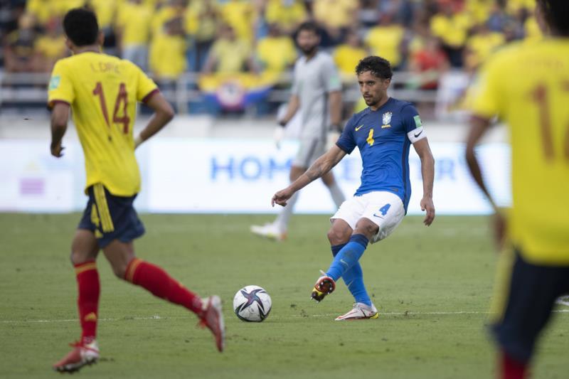 Brasil empata com Colômbia e perde os 100% nas eliminatórias