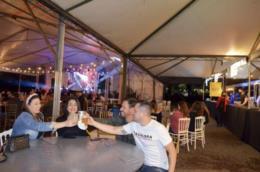 Rock e cerveja artesanal atraem público para a Tenda das Cervejarias