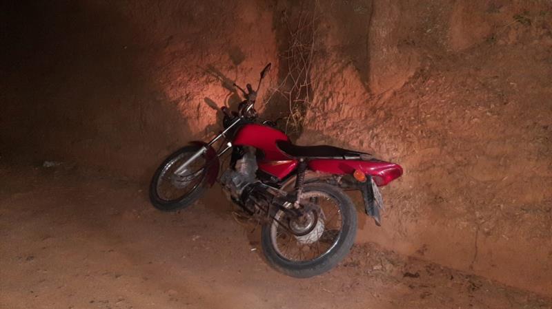 Motocicleta furtada no interior de Venâncio Aires é recuperada pela BM